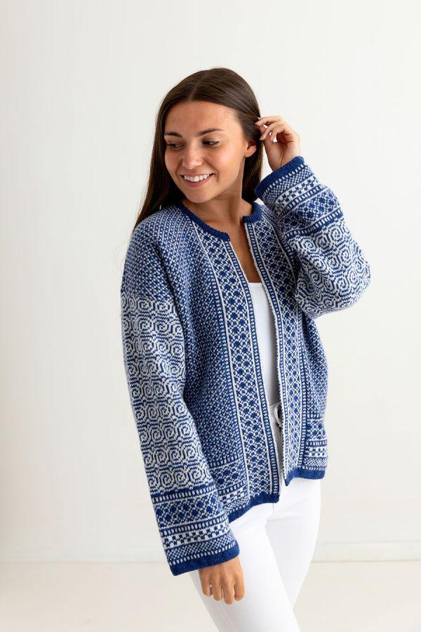 ladies fair isle coatigan kimono cardigan blue white wool towie