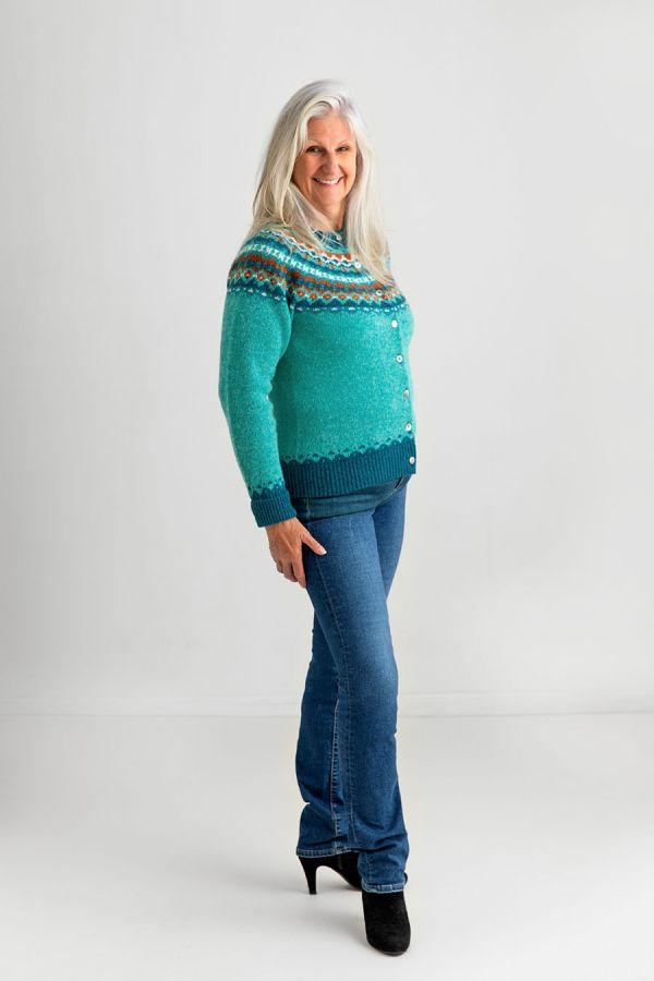 ladies fair isle cardigan sweater aqua wool shetland crathie