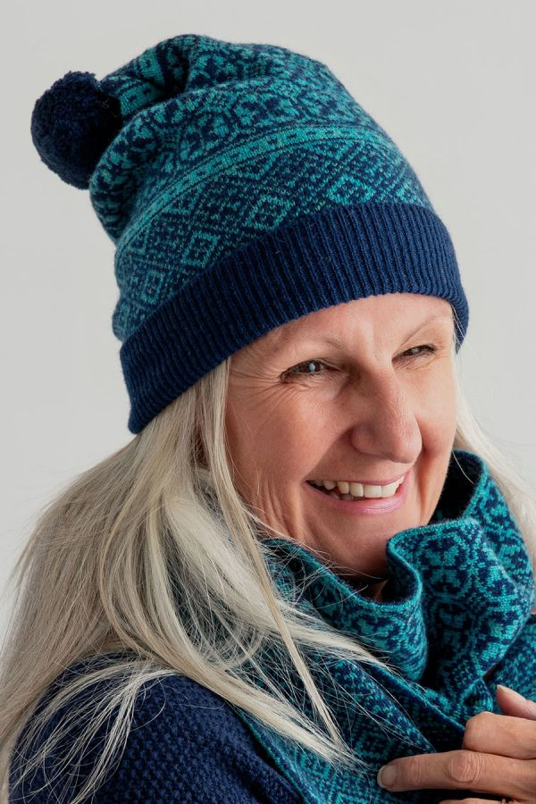 rubislaw fair isle ski hat teal navy blue wool pom