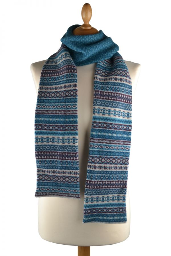 Fair isle tweed scarf. teal