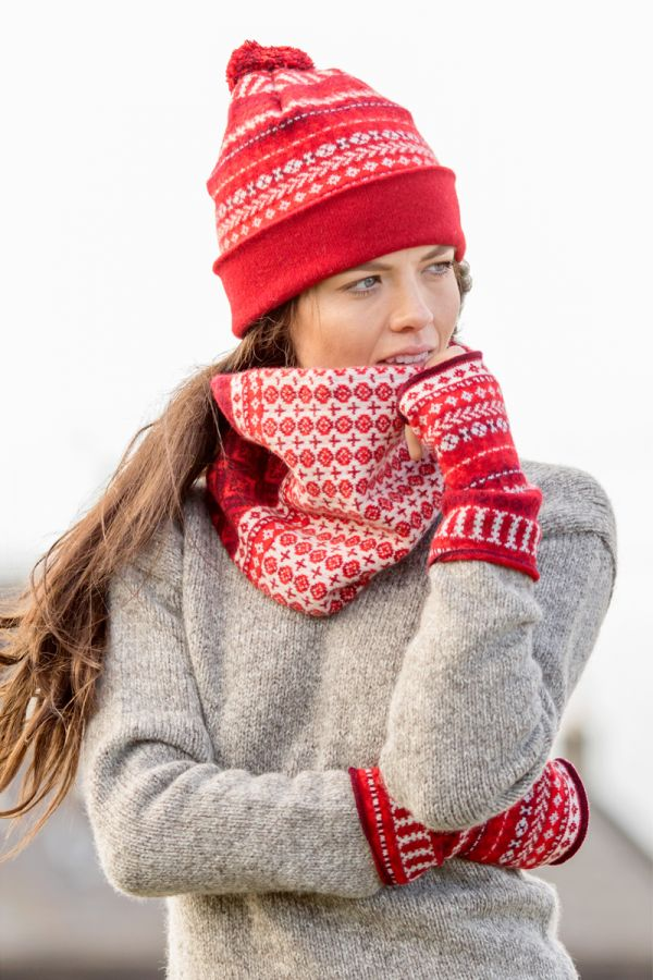 Ugie Fair isle cowl scarf - Teal