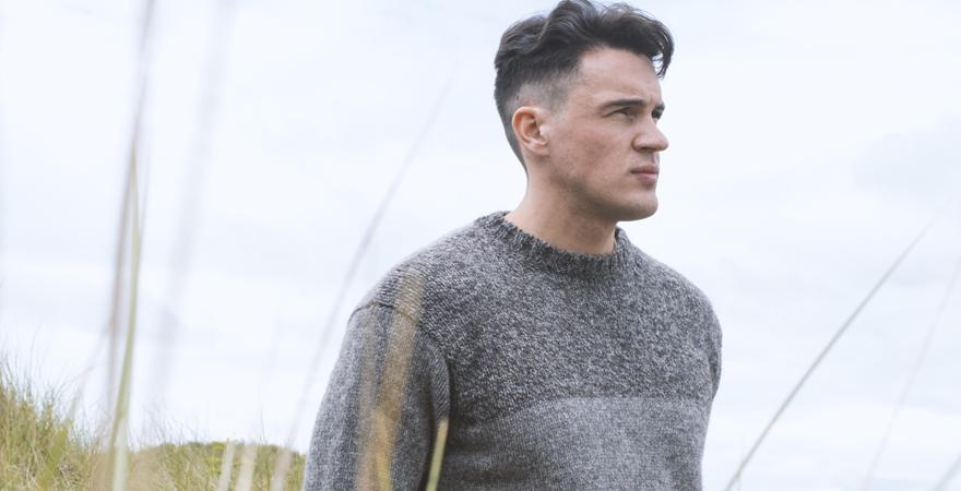 Mens Scottish Knitwear undyed wool block jumper