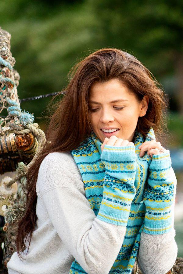 Aqua fair isle hand wrist warmer fingless gloves aqua yellow lambs wool Scalloway
