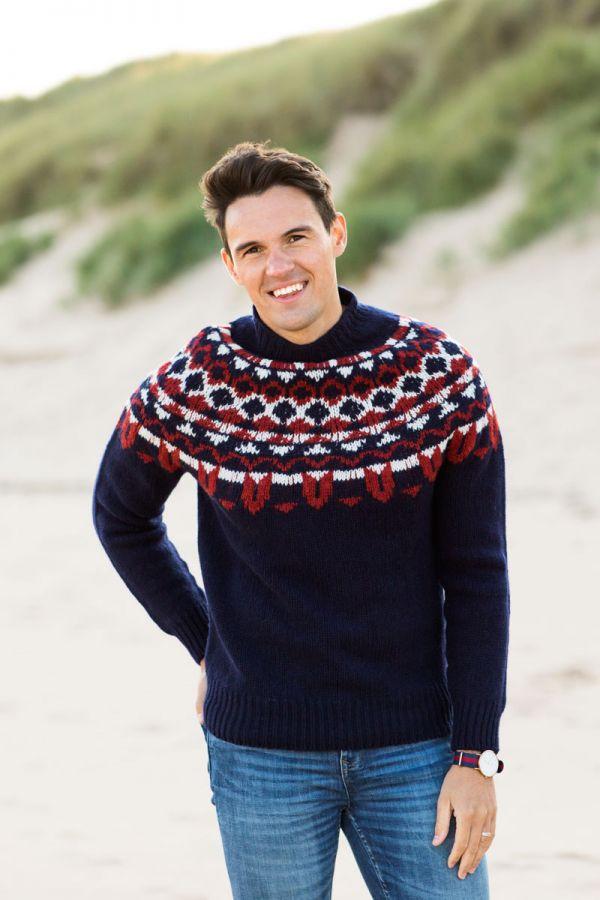 Mens navy red fair isle jumper sweater chunky wool brodgar