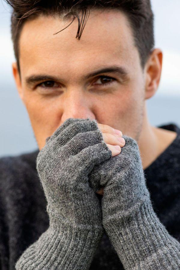Mens fingerless lambs wool gloves