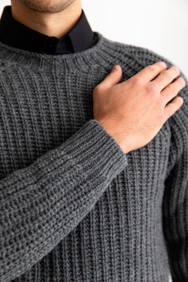 Mens grey geelong lambs wool fisherman rib jumper sweater
