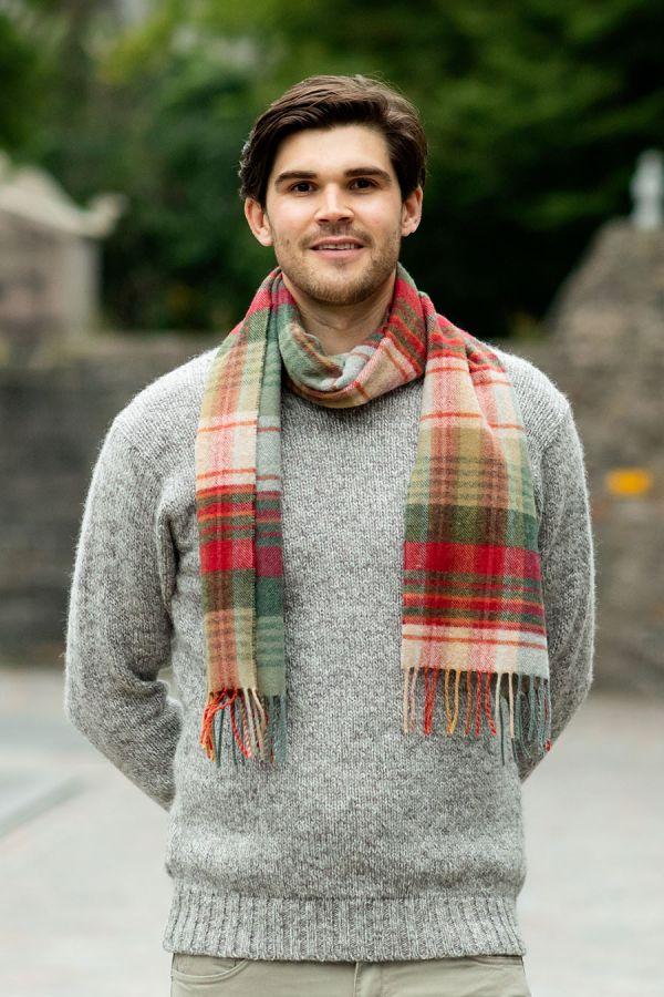 Scottish Lambs wool Tartan Scarf mossat red green plaid