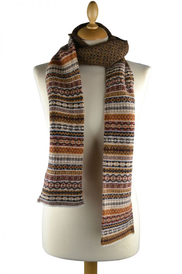 Fair isle tweed scarf. gold