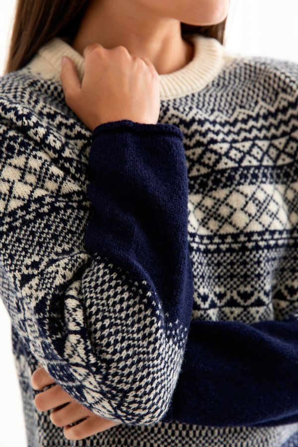 womens fair isle jumper tunic sweater navy blue wool lace close up
