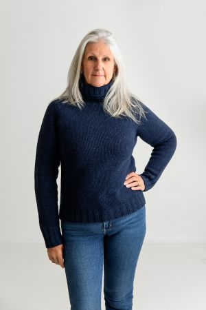 Womens Chunky Geelong Superfine Lambswool Polo Neck Jumper - navy
